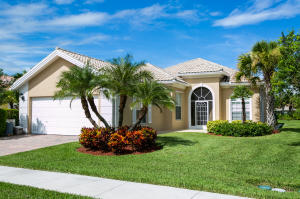 10874 Sw Candlewood Road, Port Saint Lucie, FL 34987