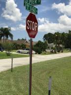 2902 Se Pier Street, Port Saint Lucie, FL 34984