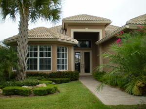 8816 First Tee Road, Port Saint Lucie, FL 34986