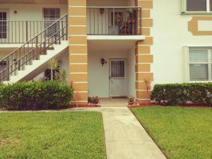 1203 S Lakes End Drive, Fort Pierce, FL 34982