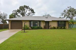 8105 Penny Lane, Fort Pierce, FL 34951