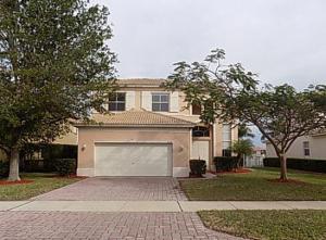 5526 Place Lake Drive, Fort Pierce, FL 34951
