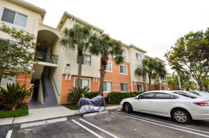 9825 Baywinds Drive, Royal Palm Beach, FL 33411