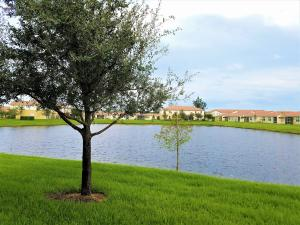 1090 Normandie Way, Vero Beach, FL 32960