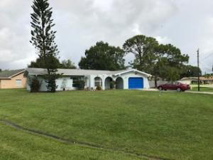 616 Se Preston Se Lane, Port Saint Lucie, FL 34983