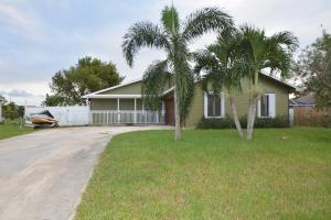634 Sw Carter Avenue, Port Saint Lucie, FL 34953