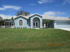8004 Westmont Drive, Fort Pierce, FL 34951