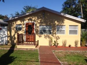 822 Ne 17th Terrace, Fort Lauderdale, FL 33304