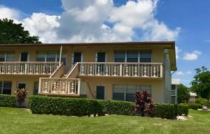 126 Canterbury E, West Palm Beach, FL 33417