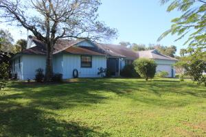 1307 White Oak Lane, Fort Pierce, FL 34982