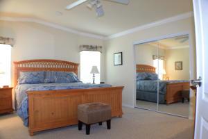 7728 Mcclintock Way, Port Saint Lucie, FL 34952