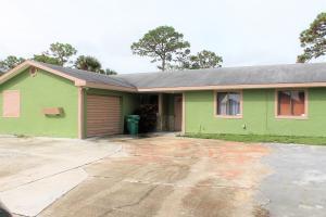 5203 Hickory Drive, Fort Pierce, FL 34982