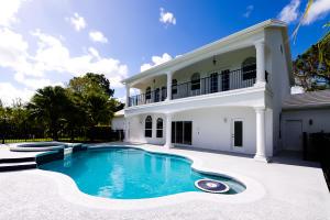 7917 Saddlebrook Drive, Port Saint Lucie, FL 34986