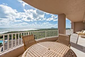 700 Ocean Royale Way, Juno Beach, FL 33408