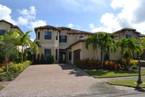 174 Se Calmo Circle, Port Saint Lucie, FL 34984