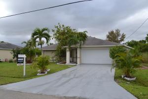 2410 Se Warwick Street, Port Saint Lucie, FL 34984
