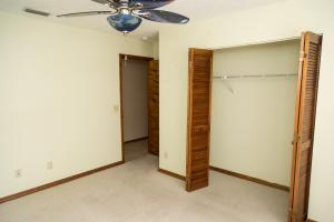 6842 Nw Granger Avenue, Port Saint Lucie, FL 34983
