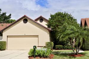 15 Ironwood N Way, Palm Beach Gardens, FL 33418