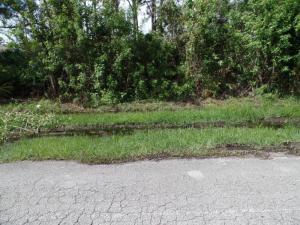 3068 Sw Circle Street, Port Saint Lucie, FL 34953