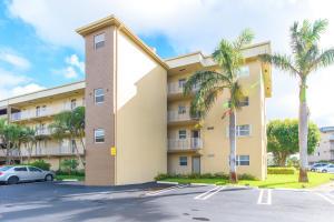 2400 Ne 1st Lane, Boynton Beach, FL 33435