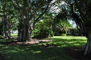 5164 Horseshoe S Circle, West Palm Beach, FL 33417