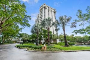 1000 Quayside Terrace, Miami, FL 33138
