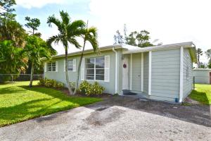 5560 Calico Road, West Palm Beach, FL 33415