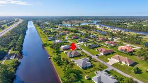 3517 Sw Macon Road, Port Saint Lucie, FL 34953