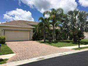 765 Alexandra Sw Avenue, Vero Beach, FL 32968