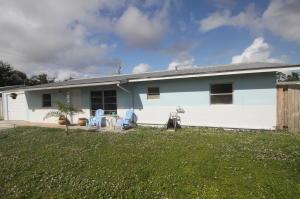 1395 Ne Silver Maple Way, Jensen Beach, FL 34957