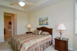 8952 Champions Way, Port Saint Lucie, FL 34986