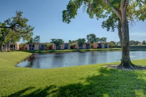 15036 Ashland Lane, Delray Beach, FL 33484