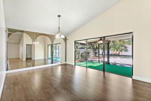 2382 Nw 94th Avenue, Coral Springs, FL 33065