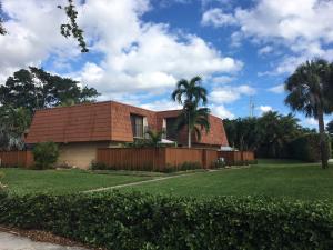 220 Live Oak Lane, Boynton Beach, FL 33436