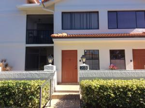 9680 Sills E Drive, Boynton Beach, FL 33437