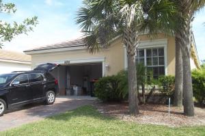 10702 Sw Gingermill Drive, Port Saint Lucie, FL 34987