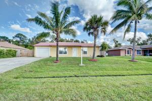 1749 Sw Gemini Lane, Port Saint Lucie, FL 34984