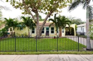 244 Pilgrim Road, West Palm Beach, FL 33405