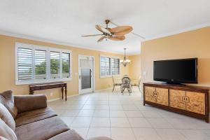 4028 Ainslie B, Boca Raton, FL 33434