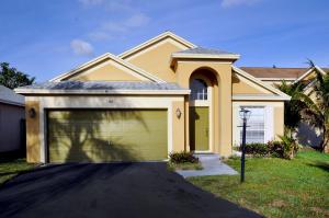 44 Gull Way, Boynton Beach, FL 33436