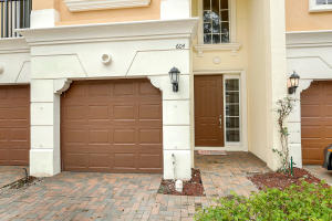 604 Ne Rossetti Lane, Boca Raton, FL 33487