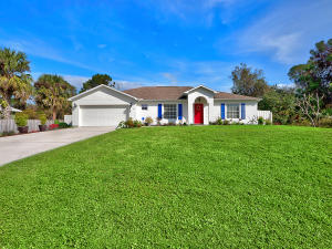 1825 Sw Bradway Lane, Port Saint Lucie, FL 34953