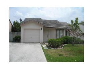 5884 Strawberry Lakes Circle, Lake Worth, FL 33463
