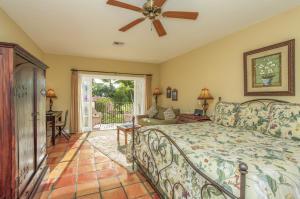 1608 Lake Avenue, West Palm Beach, FL 33401