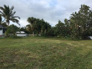 83 Queens Road, Fort Pierce, FL 34949