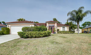 205 Se Sims Circle, Port Saint Lucie, FL 34984