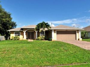 576 Sw Undallo Road, Port Saint Lucie, FL 34953