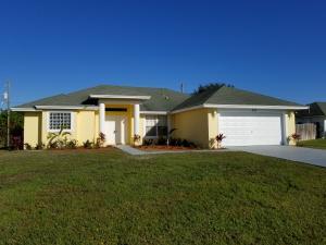 425 Sw Mccomb Avenue, Port Saint Lucie, FL 34953