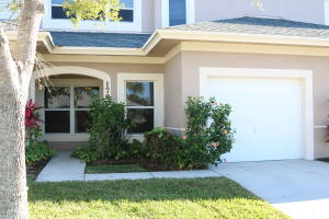 1789 Lakefront Boulevard, Fort Pierce, FL 34982