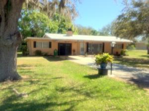 5608 Country Club Parkway, Fort Pierce, FL 34951